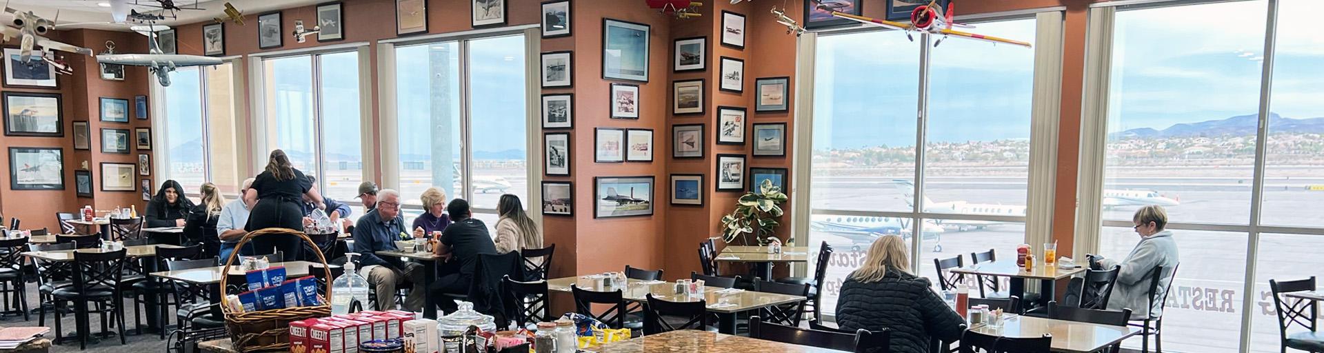 The Landings Restaurant Scene