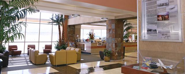 Henderson Executive terminal