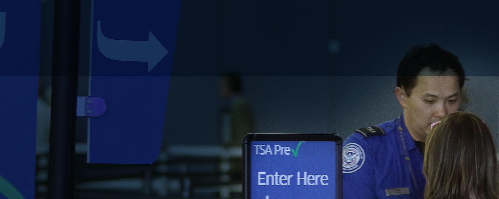 'McCarran International Airport' from the web at 'https://www.mccarran.com/FSWeb/assets/LAS/images/images_jssor/LAS_home_TSA_PreCheck_hours_1600x640.jpg'